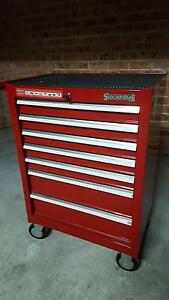 7 Dwr SIDCROME mobile Tool Chest c/w DeWalt cordless/hand tools Beverly Hills Hurstville Area Preview