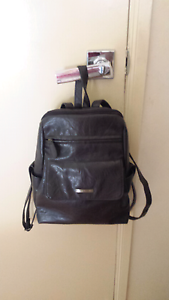Ladies Leather Backpack Merrimac Gold Coast City Preview