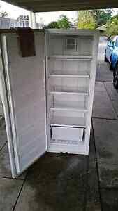 Westinghouse - Freestyle (fridge and freezer) Bethania Logan Area Preview