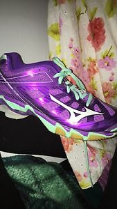 (MAKE OFFER)Mizuno wave lightning rx3 court shoes