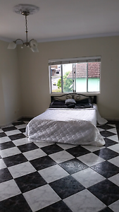 36m2 room with ensuite Available! Merrylands Parramatta Area Preview