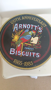 1985 commerative Arnotts biscuit tin Dickson North Canberra Preview