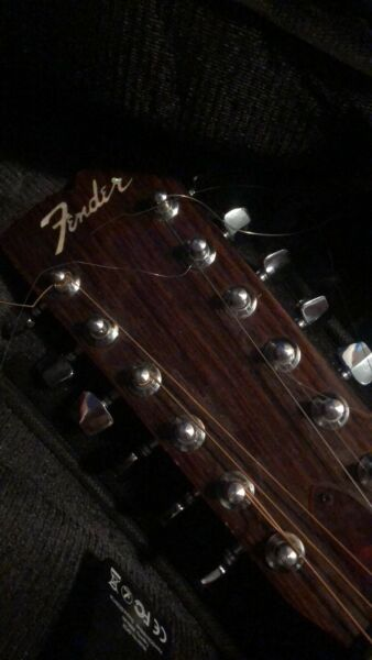 Fender acoustic 12 string