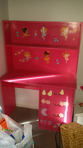Pink desk for sale Banksia Grove Wanneroo Area Preview