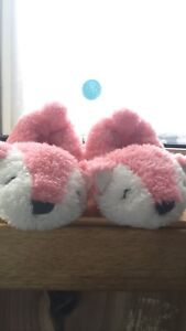 0-6mth slippers NWOT