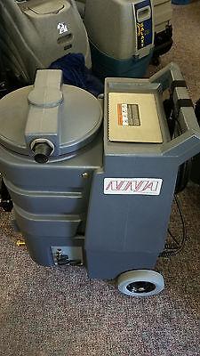 Century 400 Ninja Classic Portable Carpet Extractor 200 Psi With Heat New