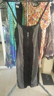 Metallicus Dress One Size $15 Kelvin Grove Brisbane North West Preview
