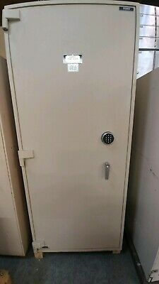 Tl-15 Security Safe - With Safe Deposite Boxes Diebold