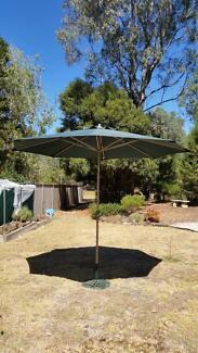 Umbrella 3 metre diameter with easy windup action and top tilt fu