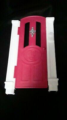 2015 Barbie Dream House Replacement Front Door Pink Knocker Mail Slot Pillars