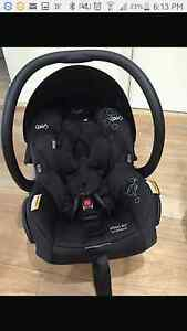 Maxi cosi mico ap isofix + icandy peach adapta to stroller Fairfield West Fairfield Area Preview