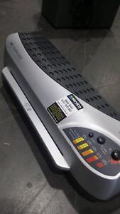 ACCO heatseal H425 A3 laminator Braybrook Maribyrnong Area Preview