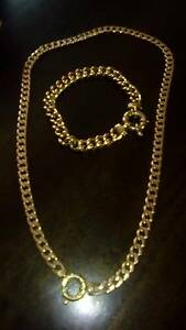 9ct gold copper filled necklace and 18ct gold plated brac Balaklava Wakefield Area Preview