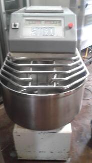 APV SM 80 planetary mixer