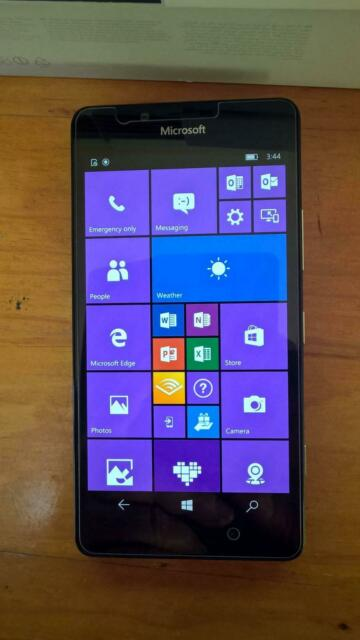 Nokia ( Microsoft ) 950 mobile phone, excellent condition