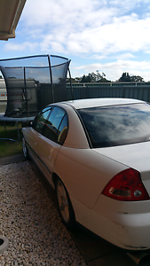VY 04 5SPEED MANUAL, 207,000km 4months rego. (SEE INFO) Budgewoi Wyong Area Preview