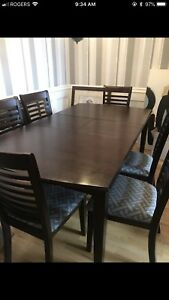 Kitchen / Dining room table