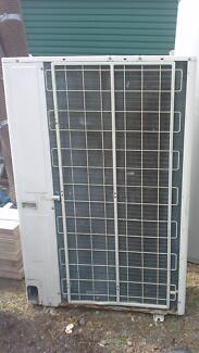 Complete Ducted Air Con Unit Nambour Maroochydore Area Preview