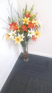 Artificial/Fake Flower Arrangement Boronia Heights Logan Area Preview