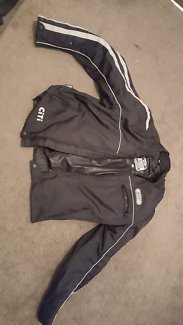 XL Rivet motorcycle  Jacket used $90