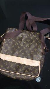 Sacoche Louis Vuitton