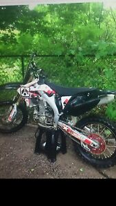 2005 Honda crf450 Kawartha Lakes Peterborough Area image 1