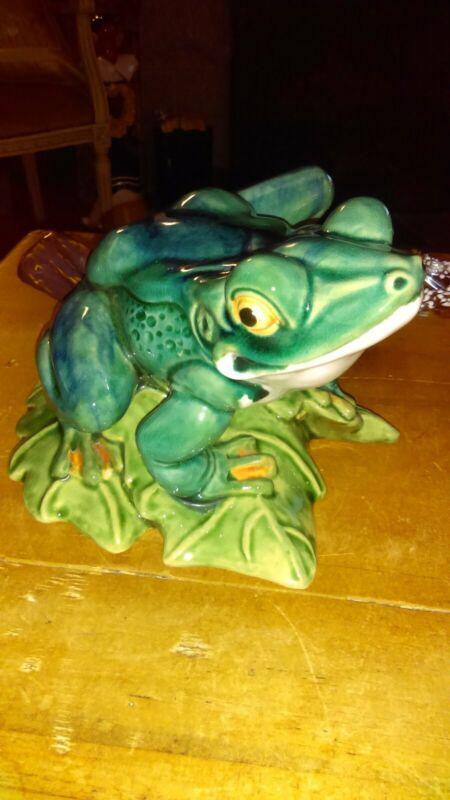 Majolica Bull Frog, great condition!