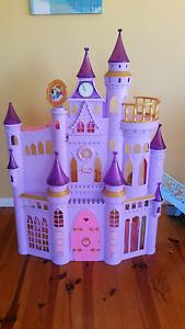 Princess  Castle with musical doorbell Sorell Sorell Area Preview