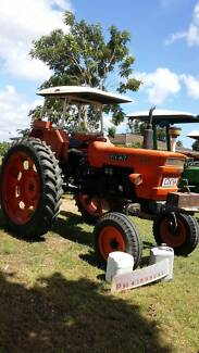 Tractors -   Fiat, MF, John Deere Meadowvale Bundaberg Surrounds Preview