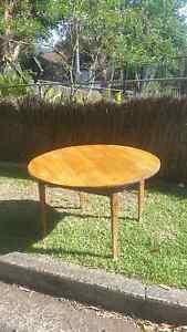 Free baltic pine round table Keiraville Wollongong Area Preview