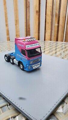 Corgi model trucks 1:50 scale ULTRAJOIST VOLVO UNIT