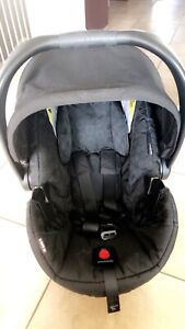 EUC BRITAX® B-Safe 35 Infant Car Seat in Raven and base