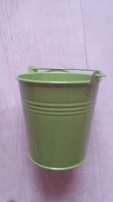 Kleiner Eimer Metall Metallgriff grün lackiert Höhe 10 x 10 cm Beutel Dekosteine