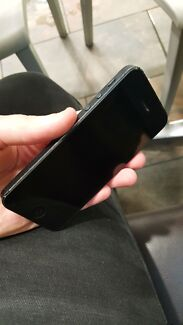 Iphone 5 NEW CONDITION 16GB Coffs Harbour 2450 Coffs Harbour City Preview
