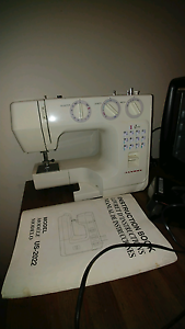 Janome US-2022 sewing machine -working! Glossodia Hawkesbury Area Preview