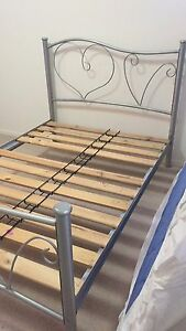 Double bed frame Everton Park Brisbane North West Preview