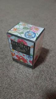 GUCCI perfume - Flora