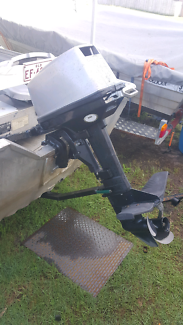 2009 . 8hp mariner outboard