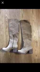 Brand new womens size7 boot