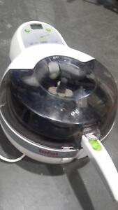 Tefal Actifry series O01-1 cooker Braybrook Maribyrnong Area Preview