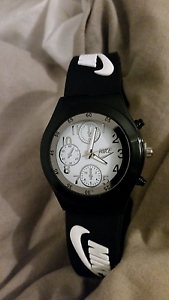 NIKE MENS watch Carramar Wanneroo Area Preview