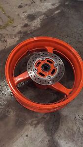 2005-2006 cbr600RR rear rim with bearings and rotor