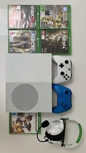 Xbox One S 1TB-game and accessories bundle