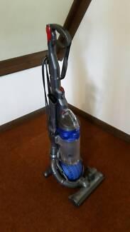 Dyson DC 25 Vacuum Cleaner