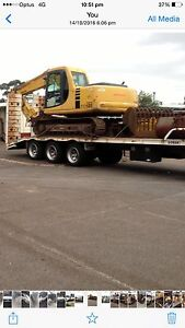 Komatsu pc120 with grab sorting bucket ripper mud/digging buckets Glenroy Moreland Area Preview