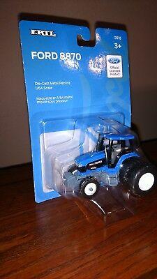1/64 farm toys/ Ford 8870 Genesis Tractor ()