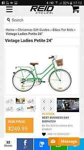 "Vintage Ladies Petite 24"" Bicycle Mayfield East Newcastle Area Preview"