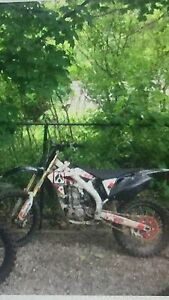 2005 Honda crf450 Kawartha Lakes Peterborough Area image 4