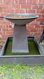 Bird Bath Water Fountain Water Feature. Malvern East Stonnington Area Preview