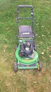 John Deere 22@ self propelled lawnmower